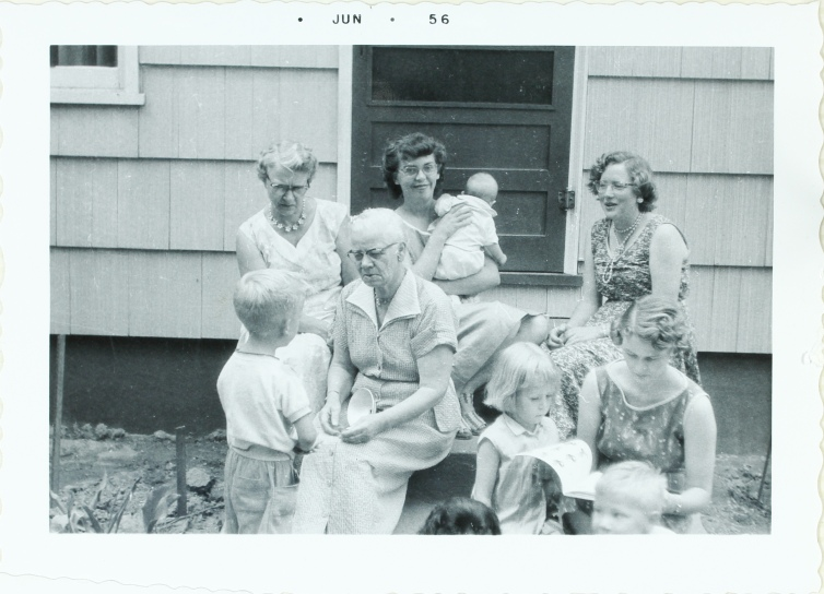 Hunt Cline women 1956