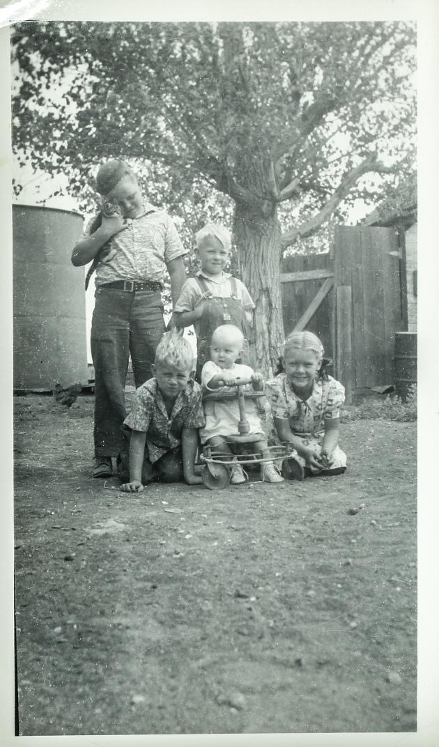 Larson -Cline kids '50