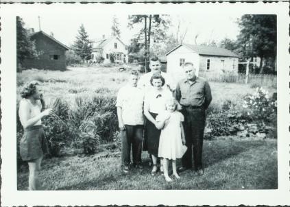 Larson family 48'