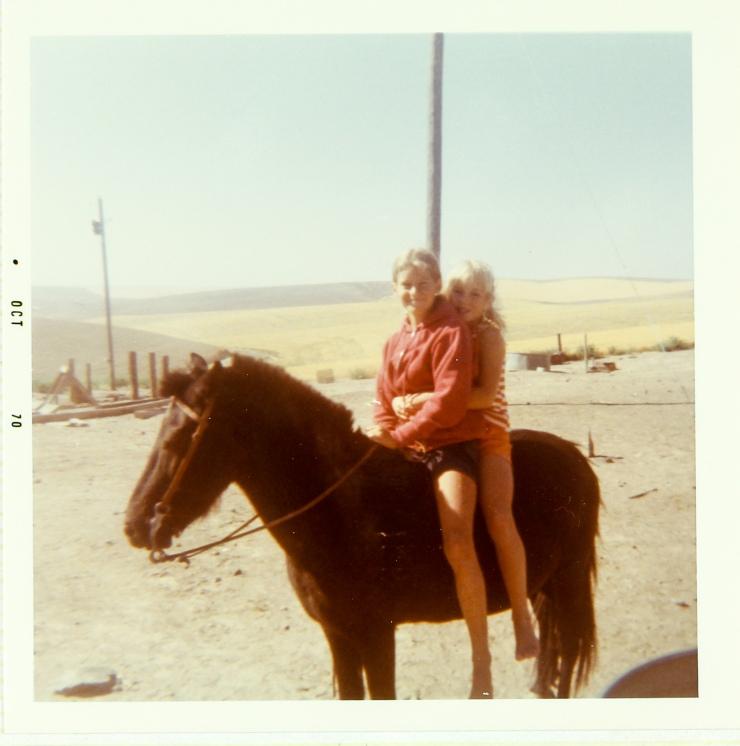Lori Cindy '70