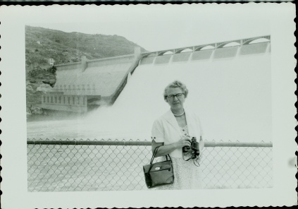 Mabel at Grand Coulee '50