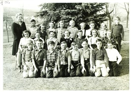 Pat grade 4 '43