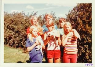 six kids a 1972